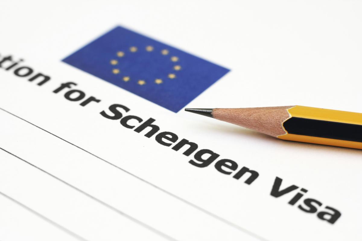 shengenskaja-viza-samostojatelnoe-ili-professional